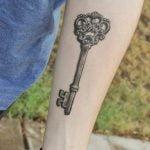 Tatuaje de un árbol