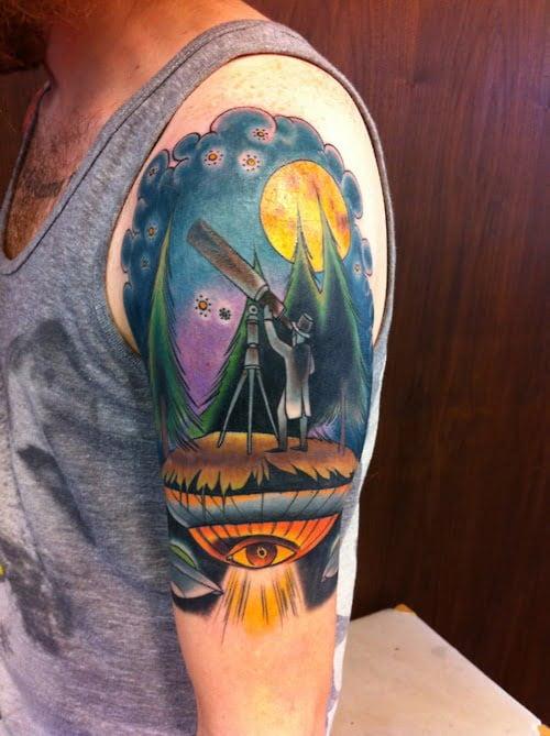 Tattoo shoulder