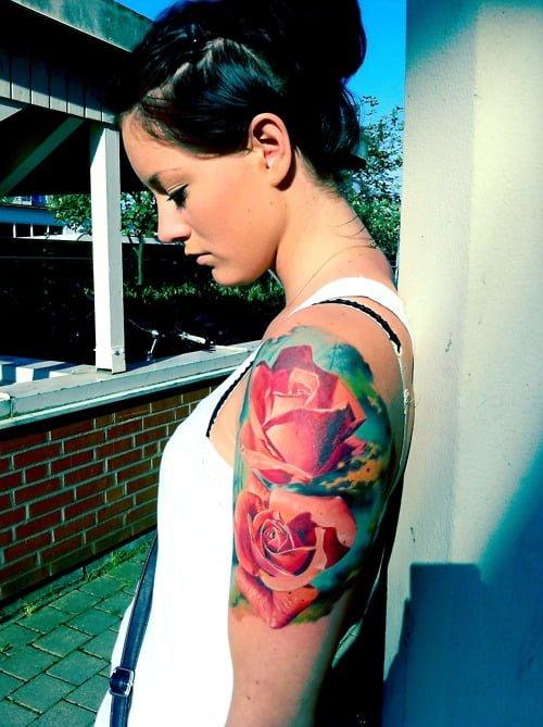 tatuaje rosas mujer