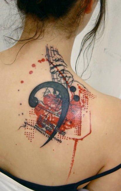 Tatuaje en la espalda único