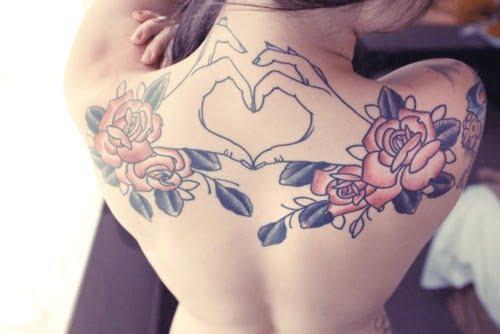 Tatuaje corazon espalda