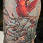 Tatuaje mariposa en la nuca