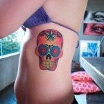 Tatuaje cuervo en el pecho