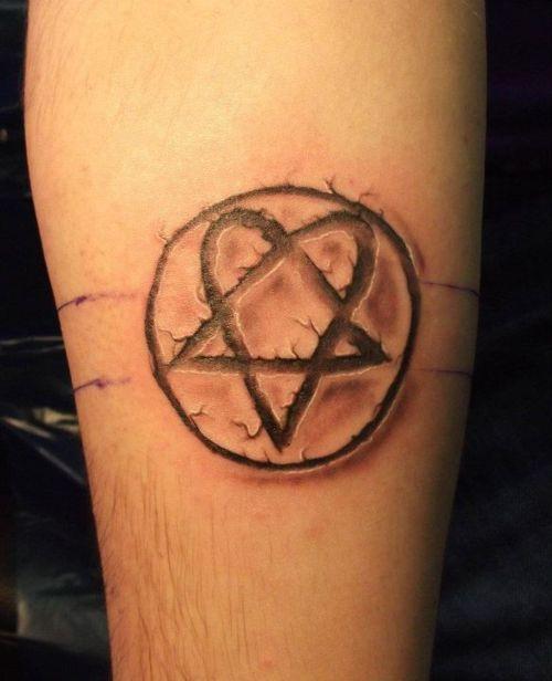 tatuaje heartagram