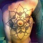 Tatuaje avionsito de papel