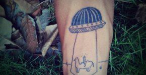 Tatuaje abduccion