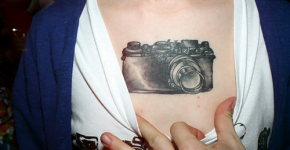 tatuaje camarógrafo