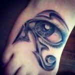 Tatuaje de la trifuerza