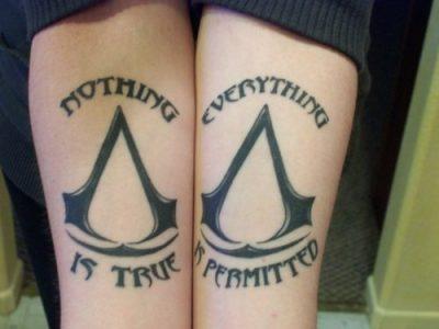 Tatuaje de Assassins Creed
