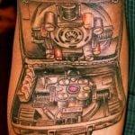 Foto mientras tatuan