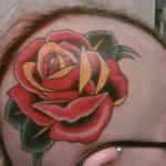 Tatuaje pavoreal en la espalda