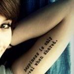 Notas musicales tatuadas