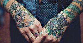 Tattoos en manos
