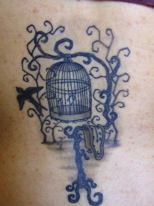 Tatuaje de jaula