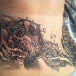 Tatuaje de un zorro en el hombro