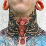 Tatuaje bebé dinosaurio