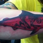 Tatuaje de un pulpo en la espalda de un hombre