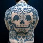 Tatuaje de una avispa