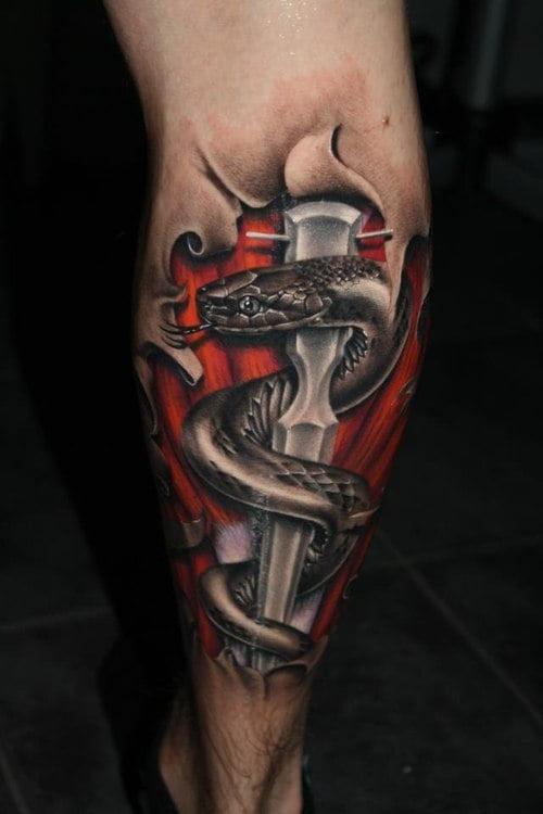 tatuaje daga y serpiente