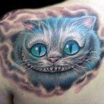 Gato de Alicia Tatuado
