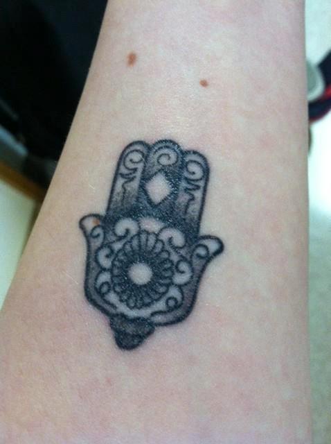 Hamsa tatuaje
