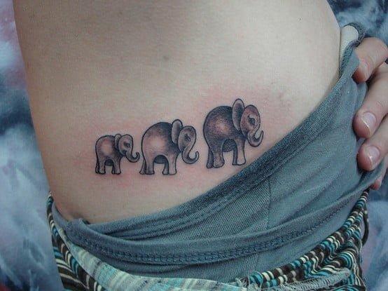 Tatuajes de pequeños elefantes