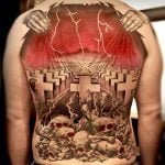 Tatuaje calamar con dermoimplantes
