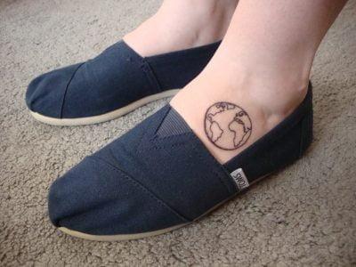 Tatuaje del planeta tierra