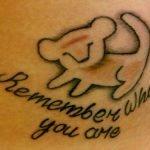 Aguila tatuada en espalda