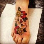 Tatuaje de la bomba atómica