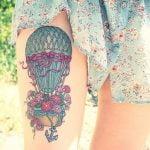 Tatuaje de aves rojas
