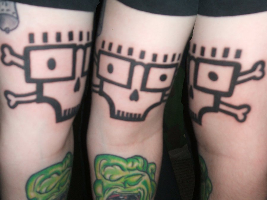 The descendents skull tattoo