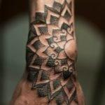 Tatuaje de lechuza estilo acuarelas