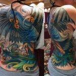 Tatuaje de Kratos en el hombro