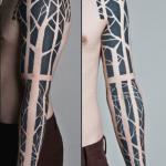 Tatuaje hojas secas en el cuello