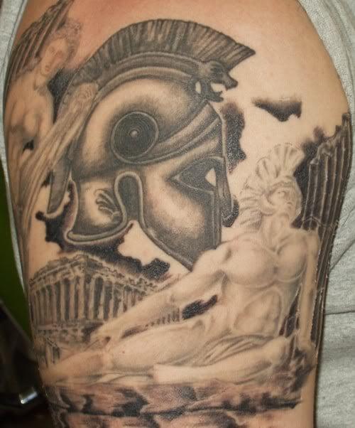 Tatuaje casco romano