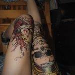 Tatuaje en pie por Maxime Buchi