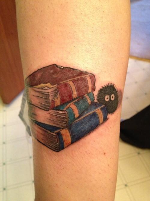 Tatuaje inspirado en el viaje de chihiro tatuajesxd for Evolution tattoo studio