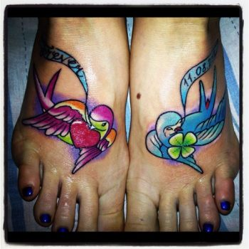 Tatuajes de aces en los pies