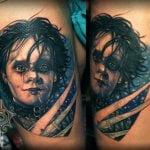 Tatuaje de las fases de la luna en brazo
