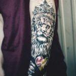 Tatuaje paloma y murcielago