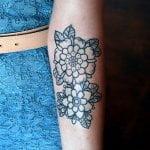 Tatuaje pájaro en la espalda