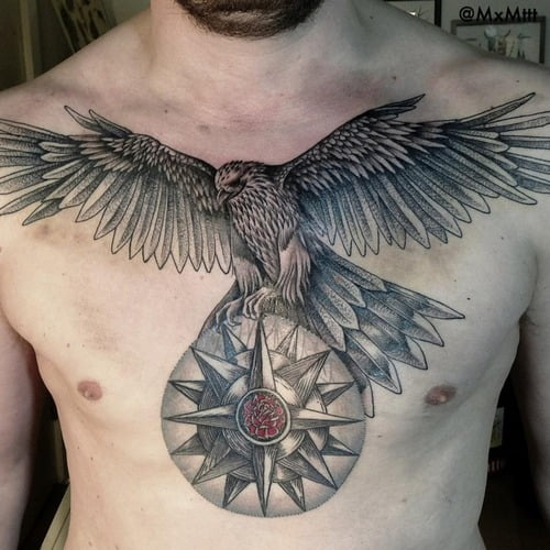 tatuajes escolta pecho enorme