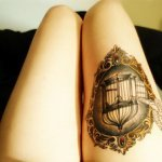 How much is the tattoo artist salary?