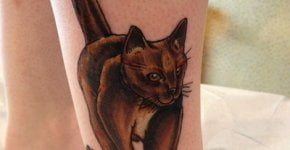Tatuaje gato en el pie