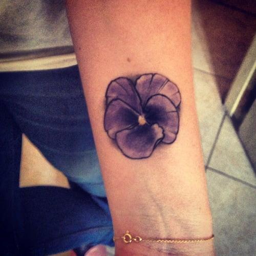Tatuaje Pensamiento (flor)
