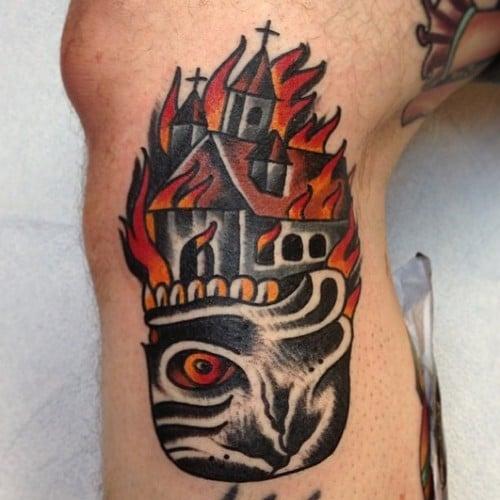 Tatuaje Iglesia en llamas