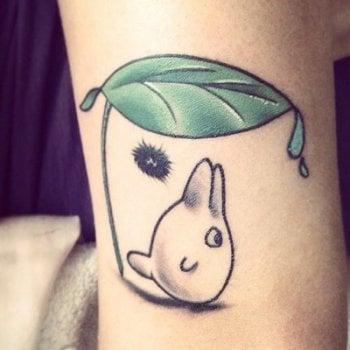 Tatuaje chibi totoro