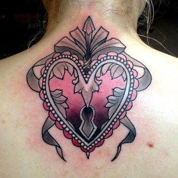Tatuaje corazón cerrado