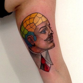 Tatuaje hombre pierna